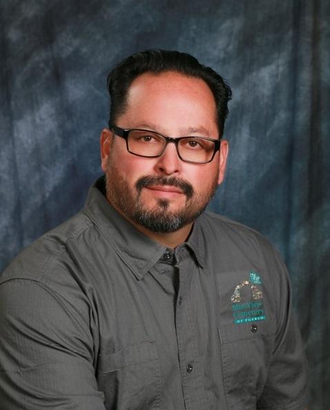Dan Cordova : Cemetery Foreman
